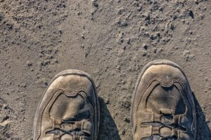 How Should Hiking Boots